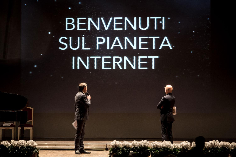 Fulvio Julita - Benvenuti sul pianeta Internet